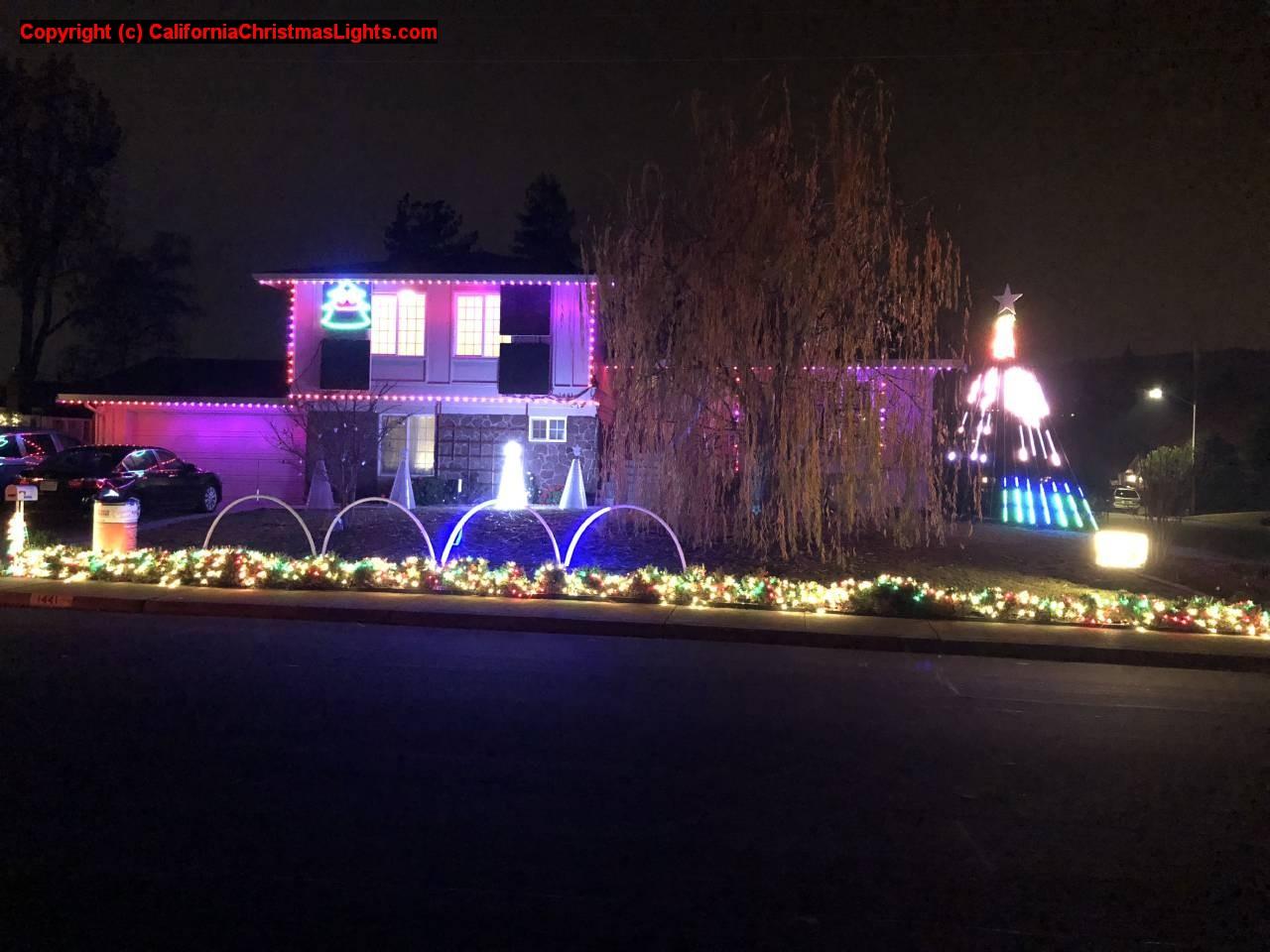 christmas lights holiday display at 1441 harlan dr danville ca